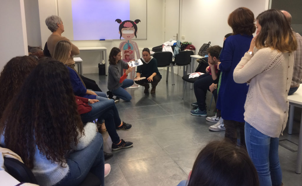 Futuros maestros conocen Body planet en la Universidad Camilo José Cela