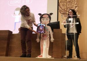 Body planet en Auméntame Edu muñeca Amparo en UPSA